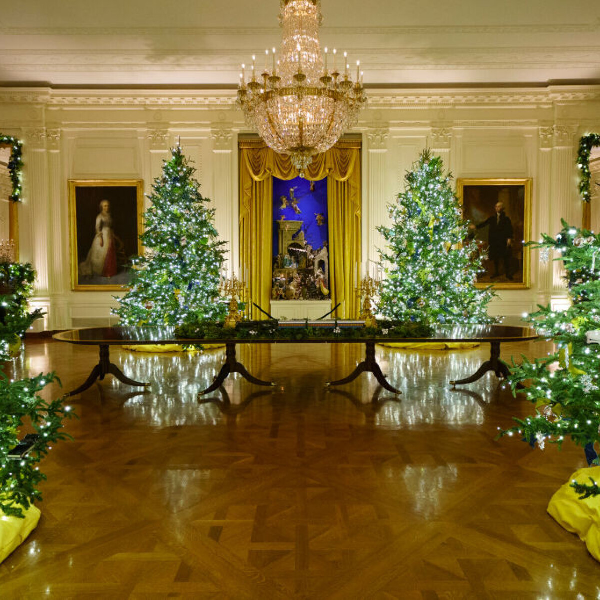 Melania Trump kitett magáért: elképesztő lett a Fehér Ház idei karácsonyi dekorációja