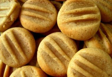 15 ropogósan puha keksz, amibe nem kevés FAHÉJAT szórtunk