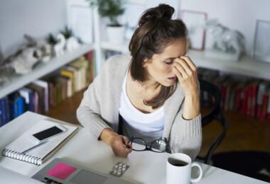 Így szüntesd meg a stressz okozta fejfájást 5 perc alatt