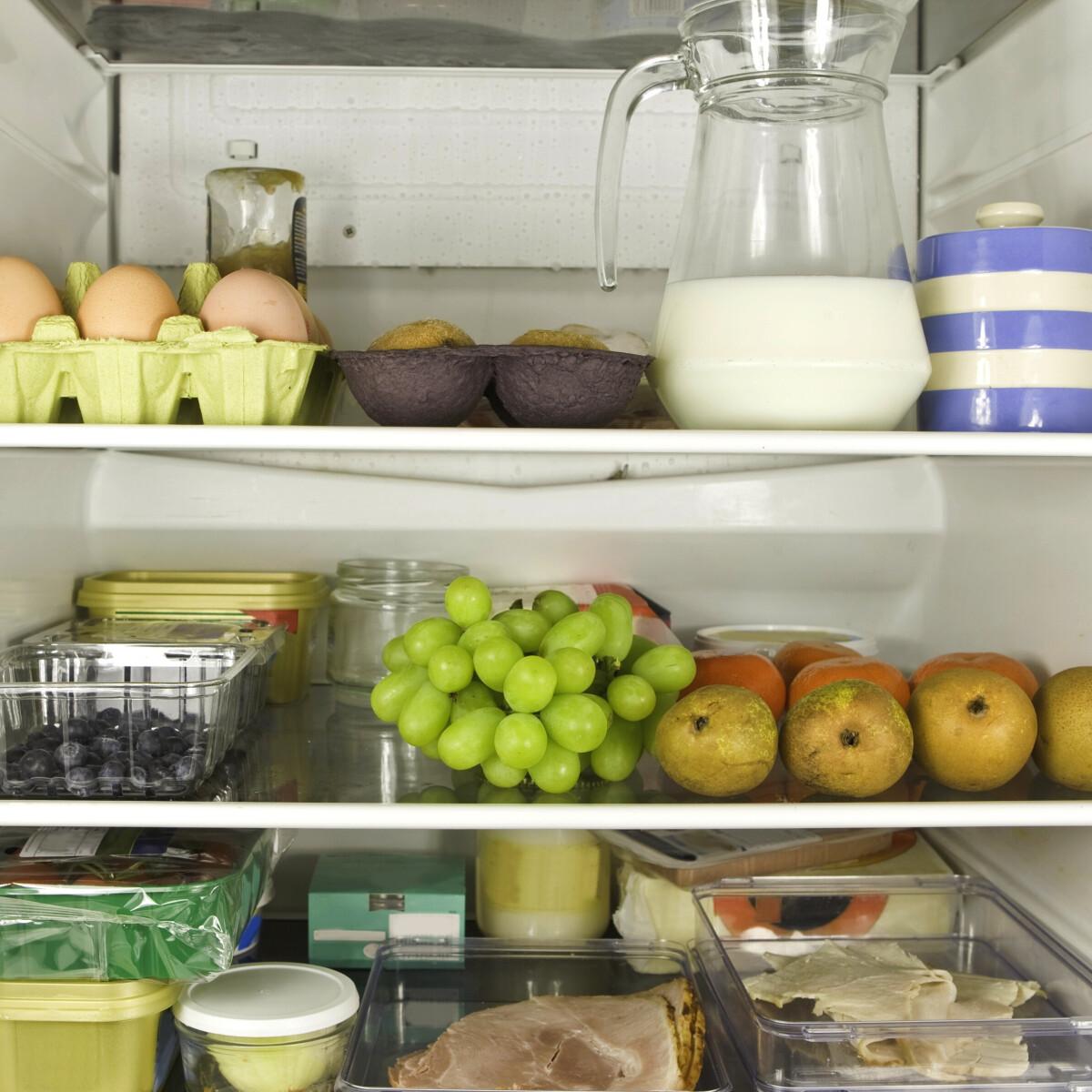 11 étel a hűtőben, amit nem mindegy, melyik polcon tárolsz