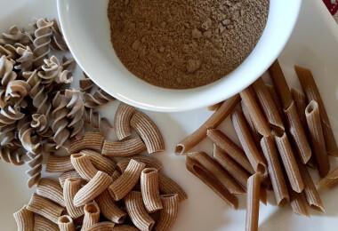 Tücsökliszt, szárított lisztkukac és rovarzsír – ismerd meg a jövő élelmiszereit