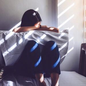 """""""Ok nélküli"""" tünetek – Mi áll a pszichoszomatikus betegségek hátterében?"""