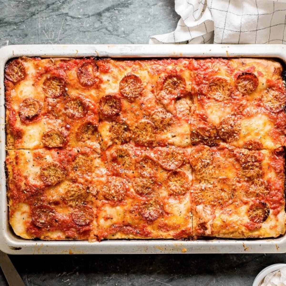 Furfangos praktika a tökéletes tepsis pizzáért