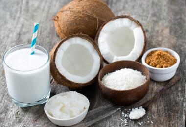 Érdemes kókuszolajat, kókusztejet fogyasztani?