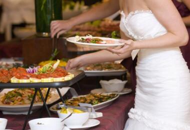 Nagyon kiakadtak az esküvői vendégek a lagzin felszolgált ételen
