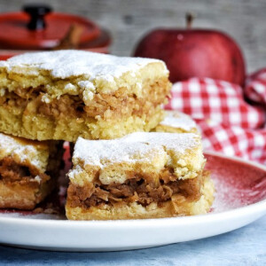Így készülnek szerintünk a világ legfinomabb almás pitéi!