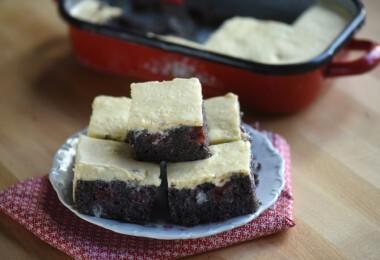9 gyorsan elkészíthető bögrés sütemény, amihez nem kell elővenned a mérleget