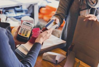 Ebben a hazai boltban 5% kedvezmény jár, ha önkiszolgáló kasszánál fizetsz