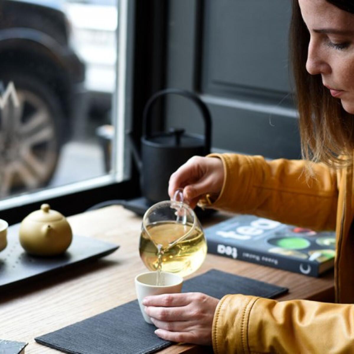 Tea – Csészével a világ körül - interjú Szuna Noémi teaszakértővel