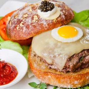 Ilyen a világ legdrágább hamburgere