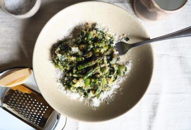 Íme a fenséges, spárgás quinoasaláta receptje, melynek ízét soha nem fogod elfelejteni