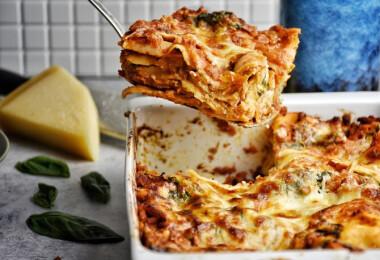 Mit főzzek ma? Répakrémleves, zöldséges lasagne és banánkenyér a kínálat