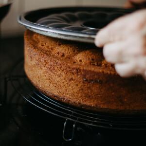 Kerüld el a formába ragadt sütemény kudarcát ezekkel a lépésekkel