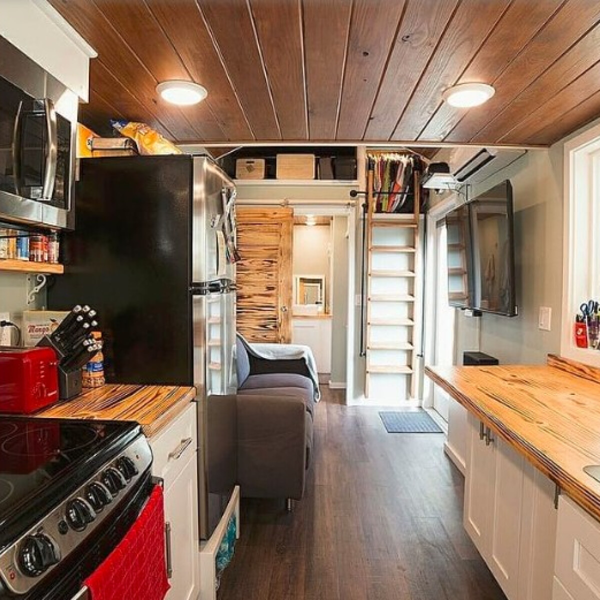 """7 miniház """"hatalmas"""" konyhákkal, ami tuti inspirálja a szépérzéked"""