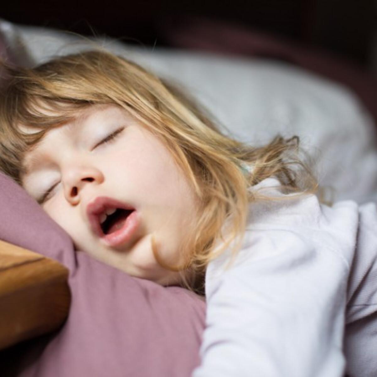 melyik oldalon jobb hipertóniával aludni