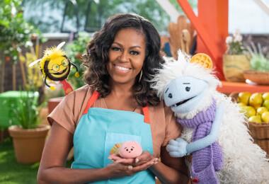 Ez jó lesz! Gyerekeknek készít főzős műsort Michelle Obama