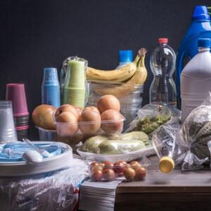 Eldőlt: már jövőre beszüntetik Magyarországon az egyszer használatos műanyagokat