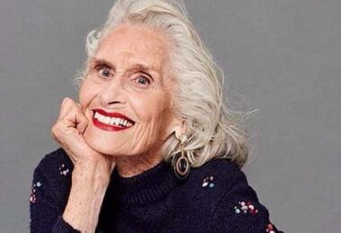 92 évesen is rendszeresen modellkedik ez a nő
