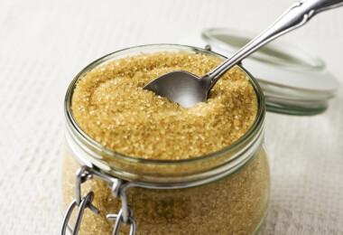 Keménykedés a konyhában: a barna cukor kiszáradásának megelőzése