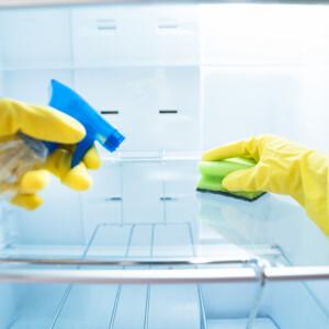5 praktika, hogy mindig tiszta és illatos legyen a hűtőd