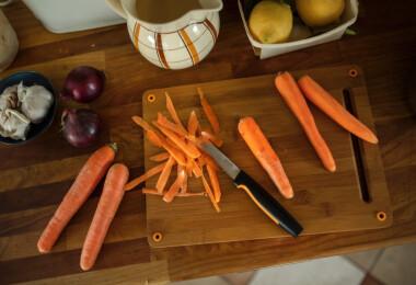4+1 alapkés a konyhádba – kezdő szakácsként ezeket a késeket szerezd be