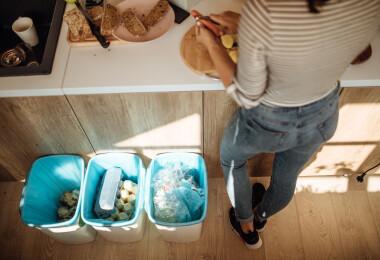 6 tipp, ami minden idegesítő szemeteszsák-problémát megold