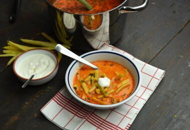 Mit főzzek ma? Zöldbablevessel, rakott krumplival és túrós sütivel lakunk jól csütörtökön
