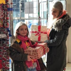 57 000 csomag, 283 tonna tartós élelmiszer a karácsonyi összefogás eredménye