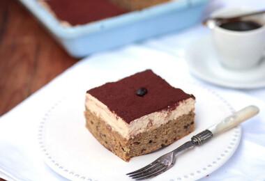 8 nagyon puha tésztájú, omlós sütemény, amit pillanat alatt elkapkod a család