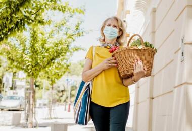 Így viseld a maszkot kánikulában, hogy ne bolondulj meg tőle