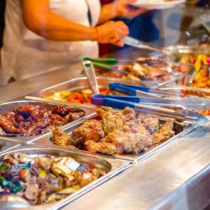 Tévhitek a koronavírusról: Veszélyes kínai étteremben enni, kínai boltban vásárolni?