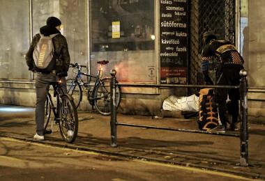 Senki sem éhezhet: szendvicsekkel segít a Budapest Bike Maffia a COVID idején