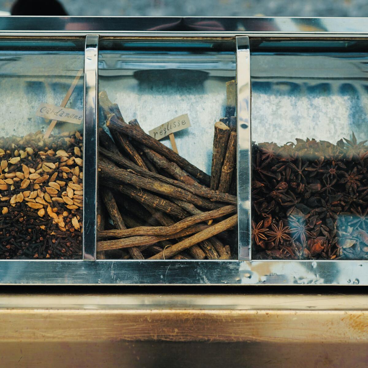 FŰSZERepben 4. rész – Nem hittük volna, hogy a kínai és a magyar fűszerespolc ennyi mindenben hasonlít