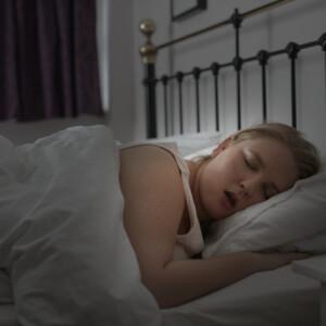 Ezért lehet hízás a rossz alvás vége