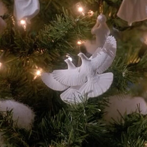 Szomorú: a WHO szerint is jobb, ha idén magányosan karácsonyozunk