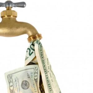 Bármennyire is furcsa, nem jó, ha a csapból pénz folyik - Hogyan tudunk spórolni a konyhai vízfogyasztással?