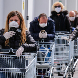 8 dolog, amit 2020-ban egy illemtudó vásárló SOHA nem csinál a boltban
