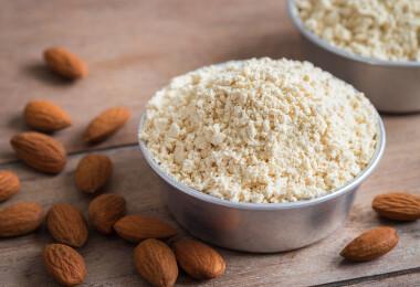 Egészséges összetevők sütéshez: mire jó a tisztított vaj vagy a mandulaliszt?