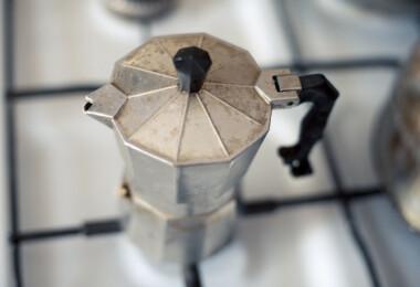 """Így főzheted a """"világ legrettegettebb kávéfőzőjében"""" a világ legjobb kávéját"""