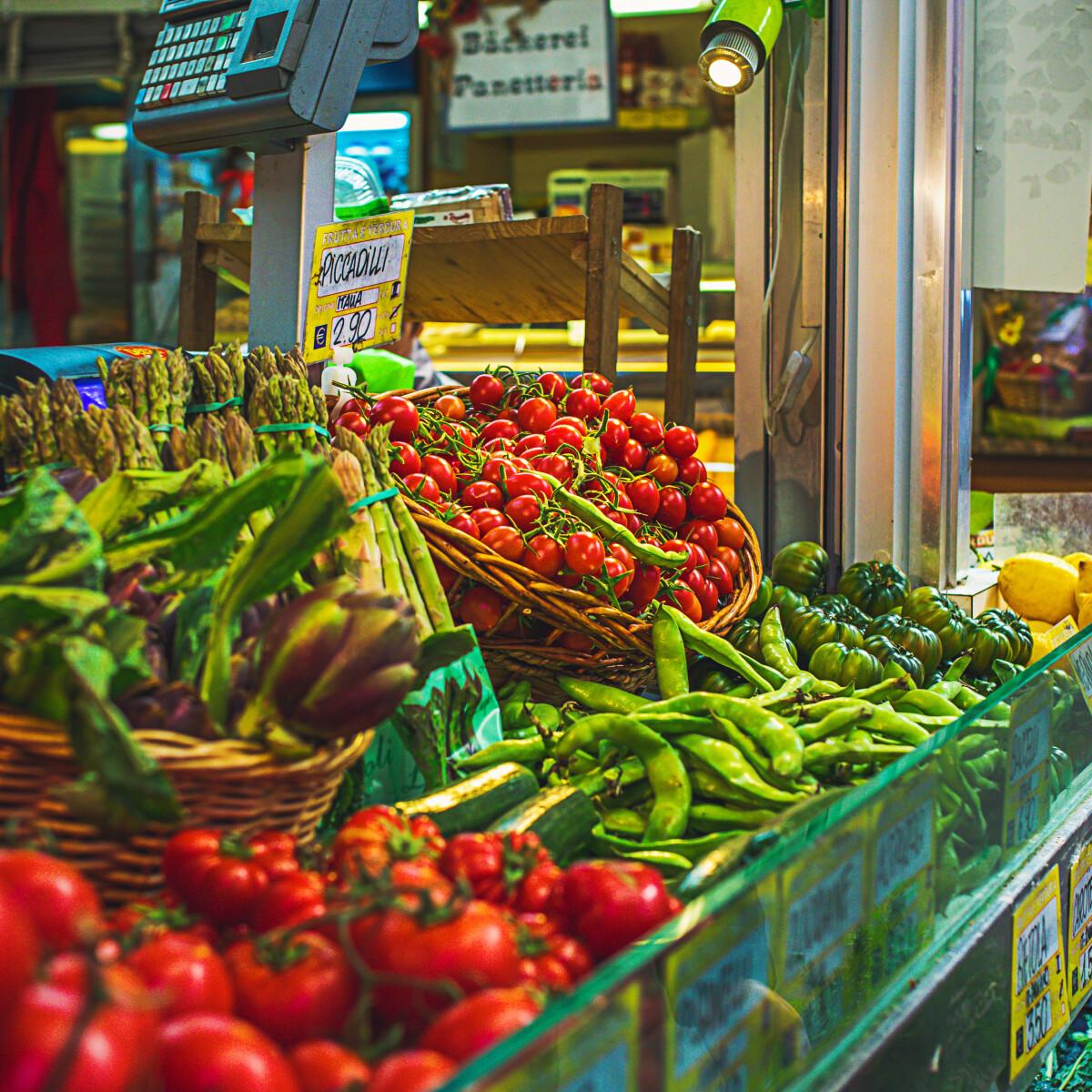 Csemegézzünk: 8 budapesti delikátesz, ahol mindent találsz, mi szem-szájnak ingere