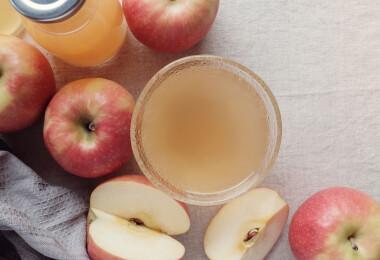 Készíts gyümölcsös házi ecetet csupán két hozzávalóból