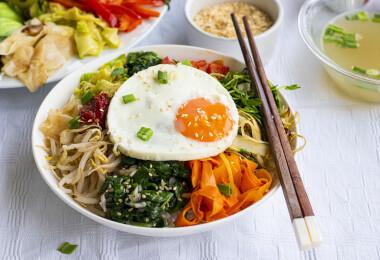 Elkészítettük a Bibimbapot, az egészséges koreai egytálételt, megmentettük a szétesett majonézed