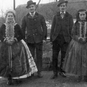 Gombócfőzés, ólomöntés, gatyalopás – Novemberi férjjósló hagyományok nagyanyáink korából