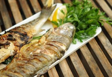 7 zseniális halas fogás, ami grillen is nagyon jól mutat