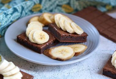 Mit főzzek ma? Pórés kukoricaleves, citromos csirke és banános brownie indítja be a hetet