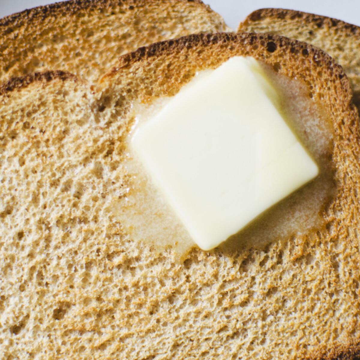 A reggelik megmentője: így kenheted meg a pirítósod hideg vajjal