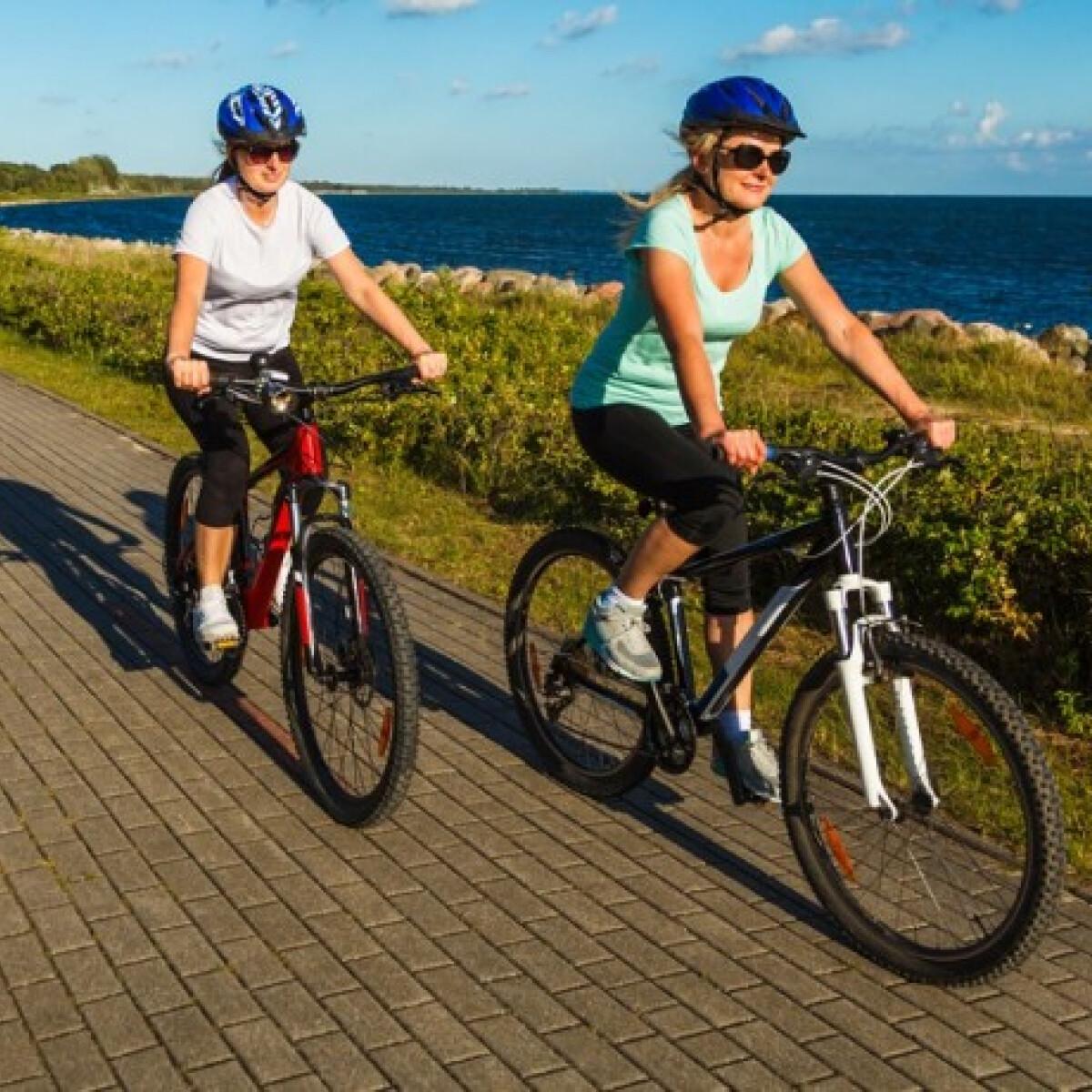 Légy aktív a nyaralás alatt - fedezd fel bringával az országot! 5 bringaútvonaltipp edző szakértőnktől