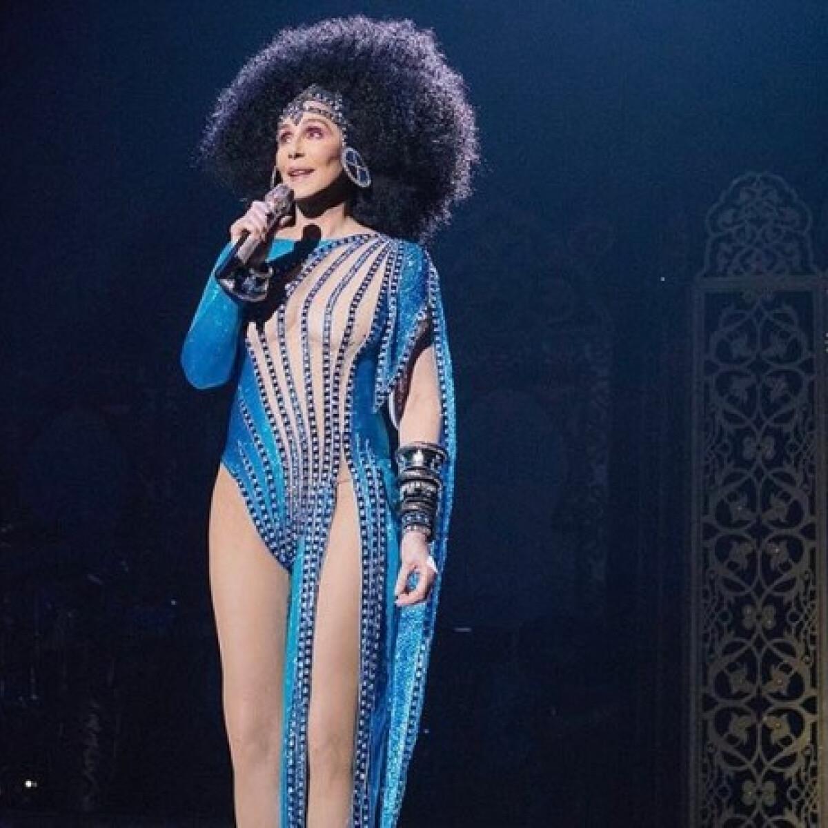 Cher, az örökifjú díva végre elárulta feszes fenekének titkát