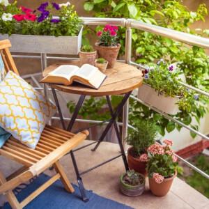 8 ötletes tipp, amivel feldobhatod az unalmas teraszodat és kertedet