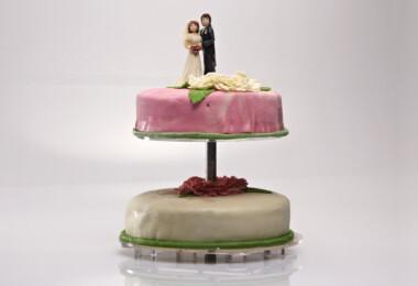 Ági málnás-csokis esküvői tortája